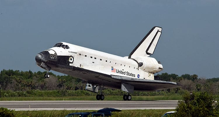 Endeavour-space-shuttle-weight