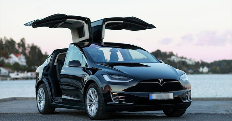 How Much Does a Tesla Weigh? (Model S, Model 3, Model X ...