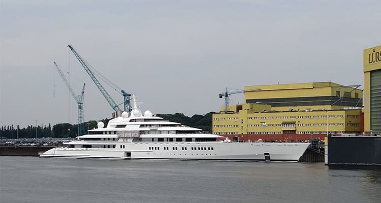 list-of-heaviest-yachts-azzam