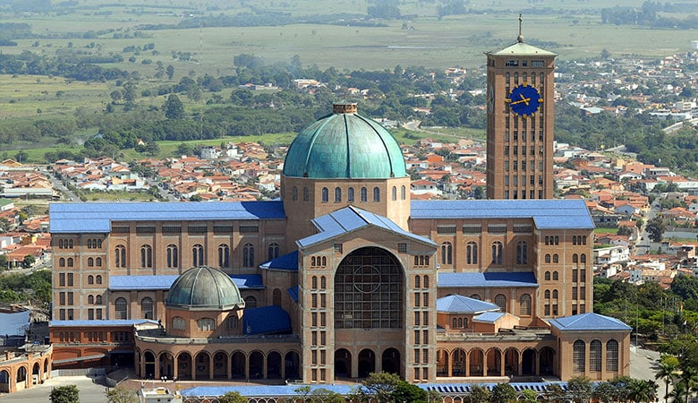 Basilica-of-the-National-Shrine-of-Our-Lady-of-Aparecida-weight