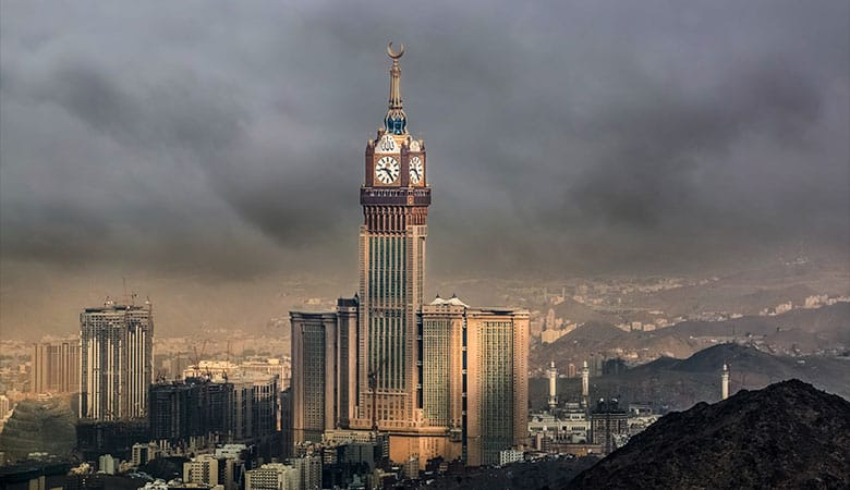 Makkah-Clock-Tower-weigth