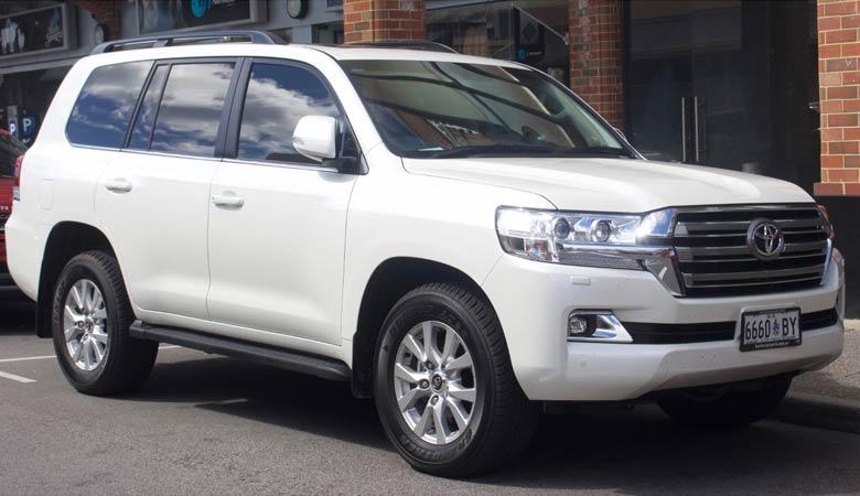 Toyota-landcruiser-heavy-SUV