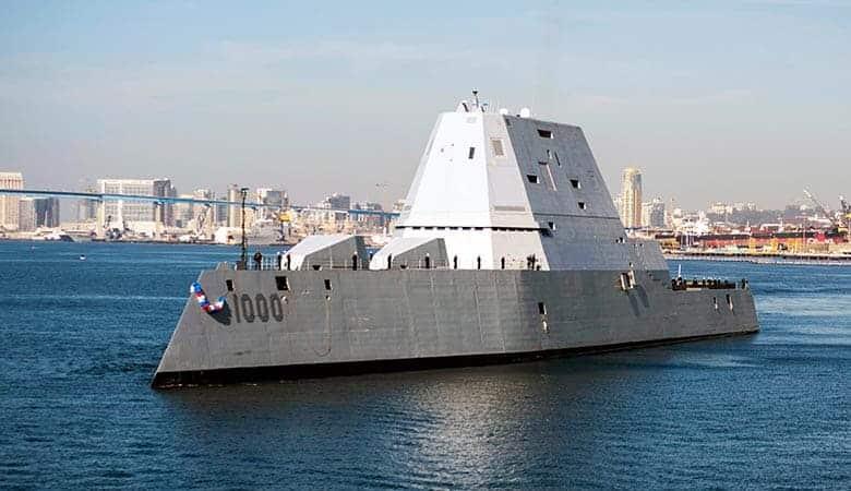 USS-Zumwalt-heavy-warship