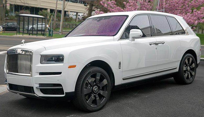 2020-Rolls-Royce-Cullinan-WEIGHT