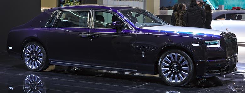 2020-Rolls-Royce-Phantom-EWB-WEIGHT