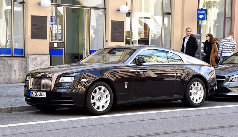 2020-Rolls-Royce-Wraith-WEIGHT