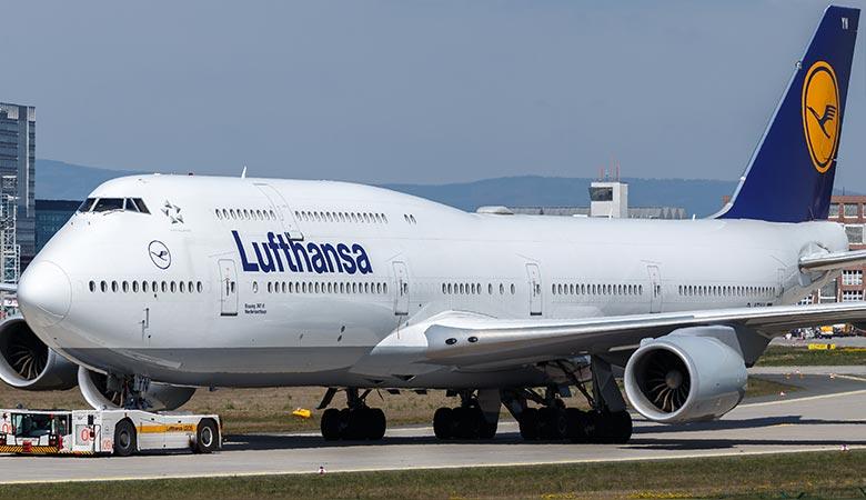 Boeing-747-8-weight