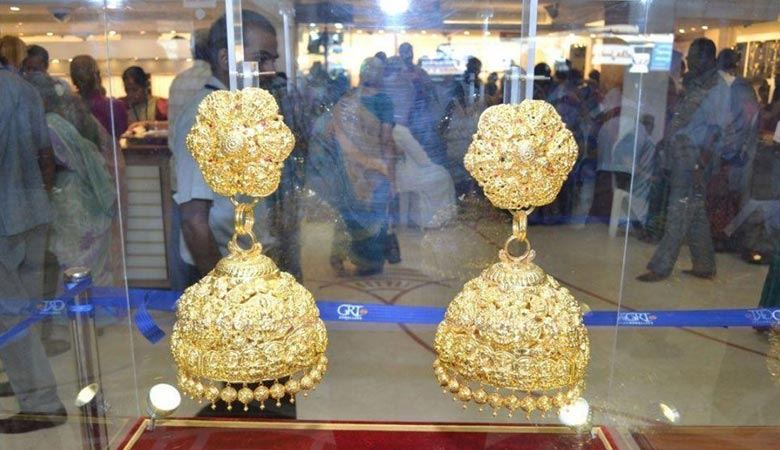 list-of-the-world's-7-heaviest-earrings
