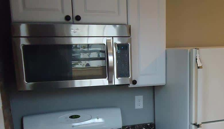 Microwave-oven-60-pounds