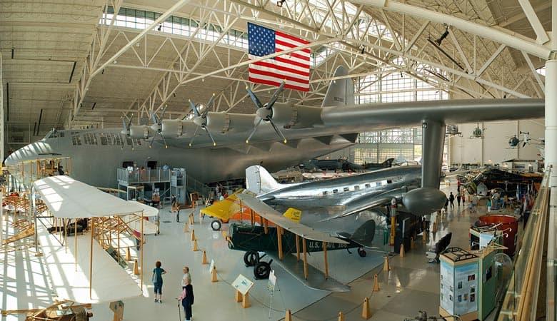 Hughes-Hercules-H-4-200-tons