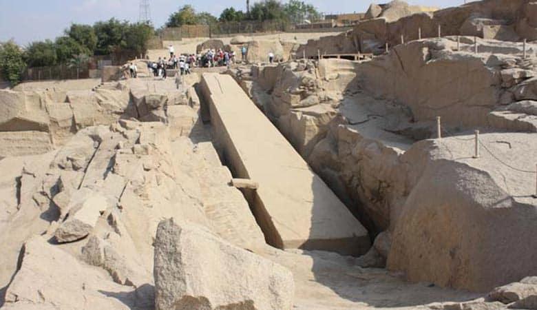 abandoned-Egyptian-obelisk-1000-tons